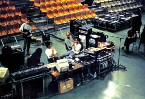 minimum-vital-soundboard-1997
