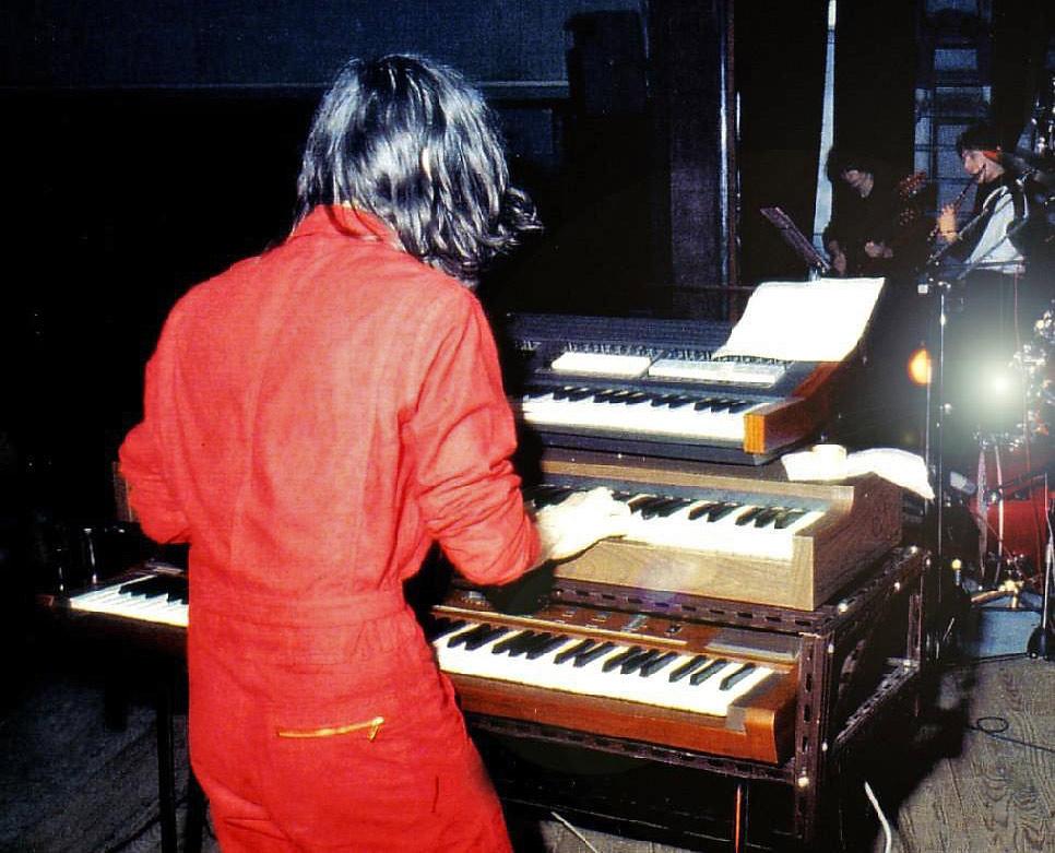 Thierry Payssan en grande tenue avec le  sp 80s